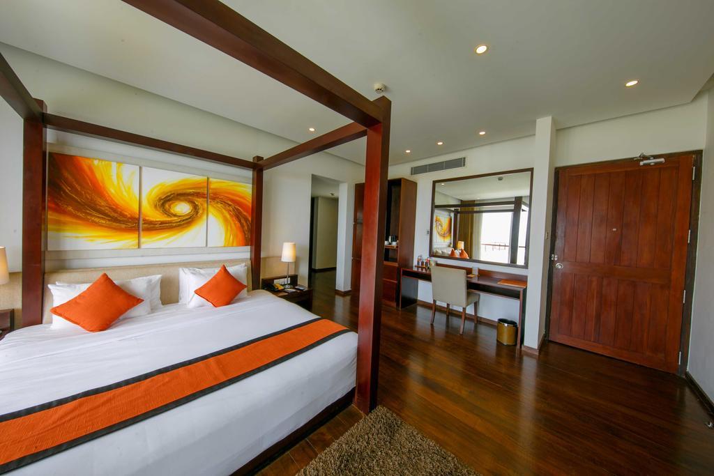 فضای داخلی هتل سیتروس