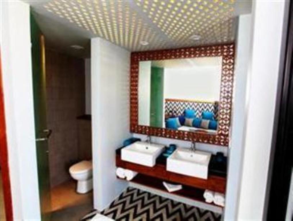 فضای داخلی هتل سینامون بِی