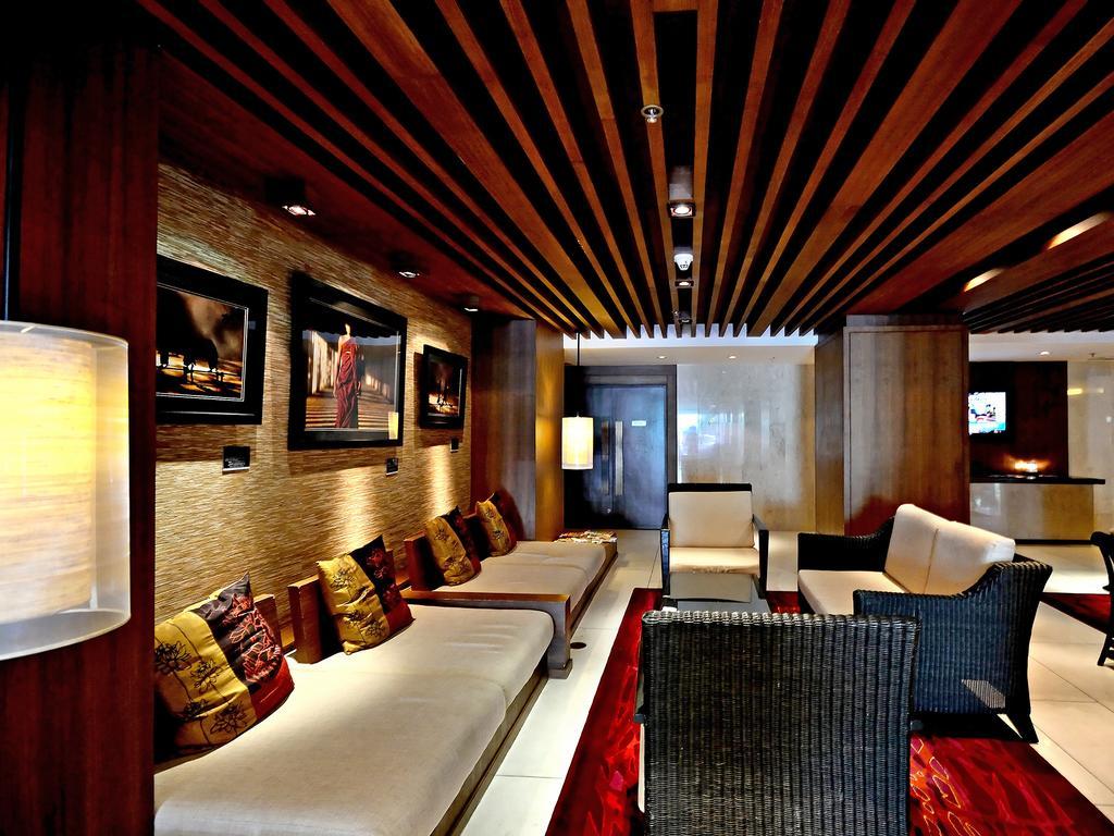 نمای داخلی هتل سوییس اوتل