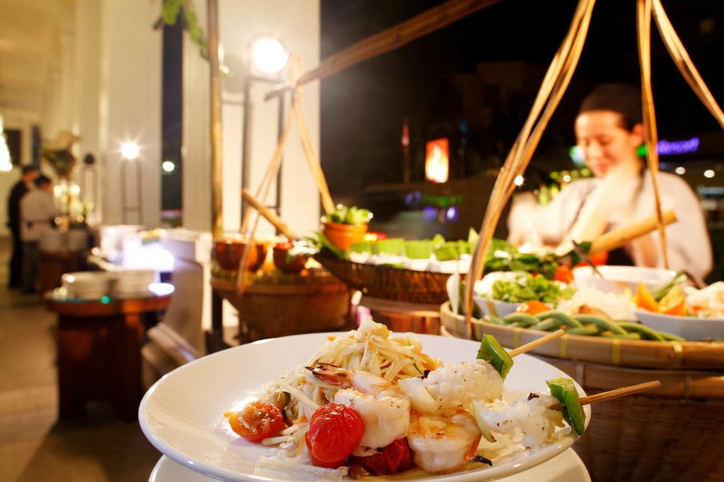 غذاهای هتل سوییس اوتل