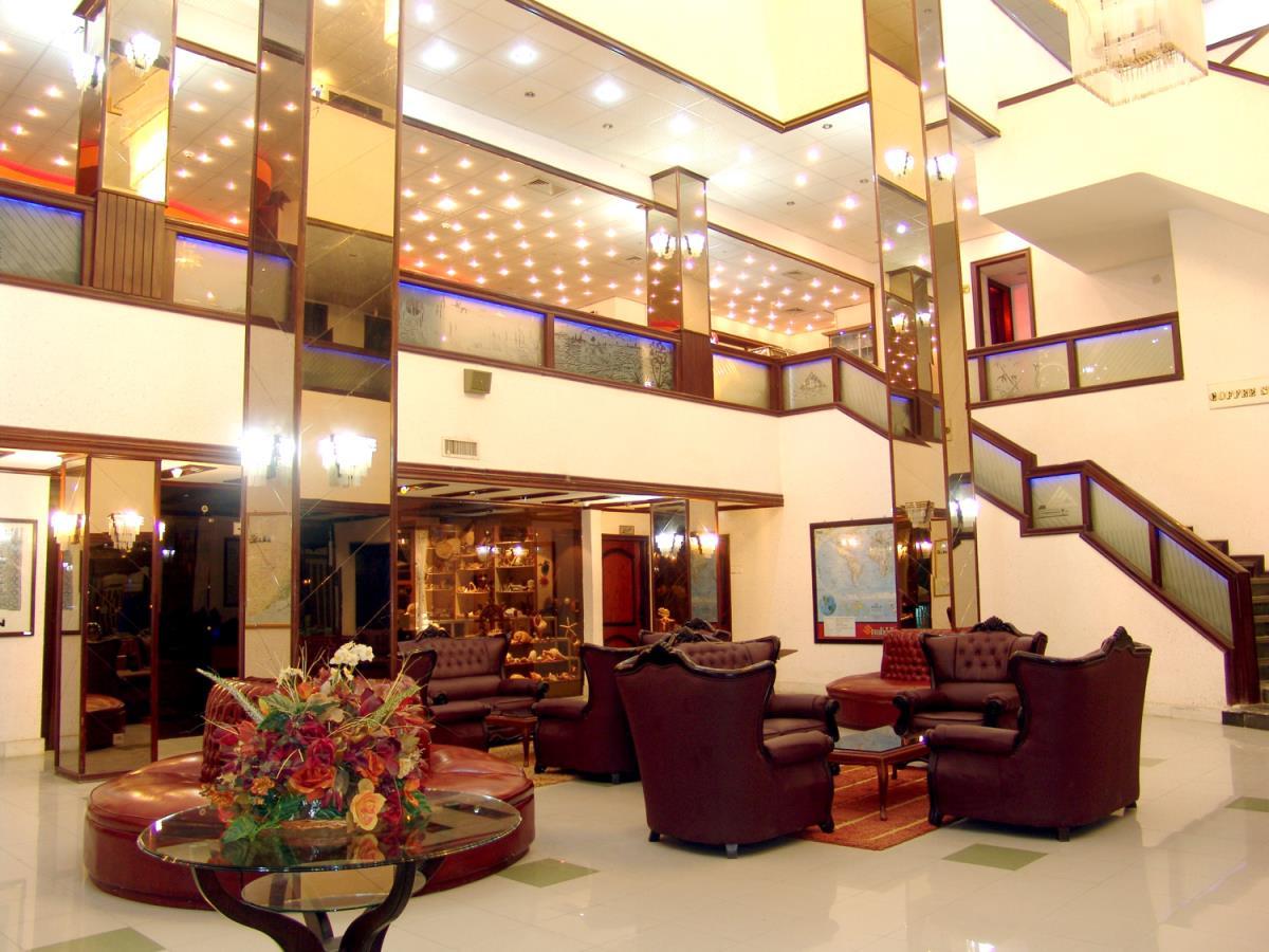 هتل سه ستاره دلوار
