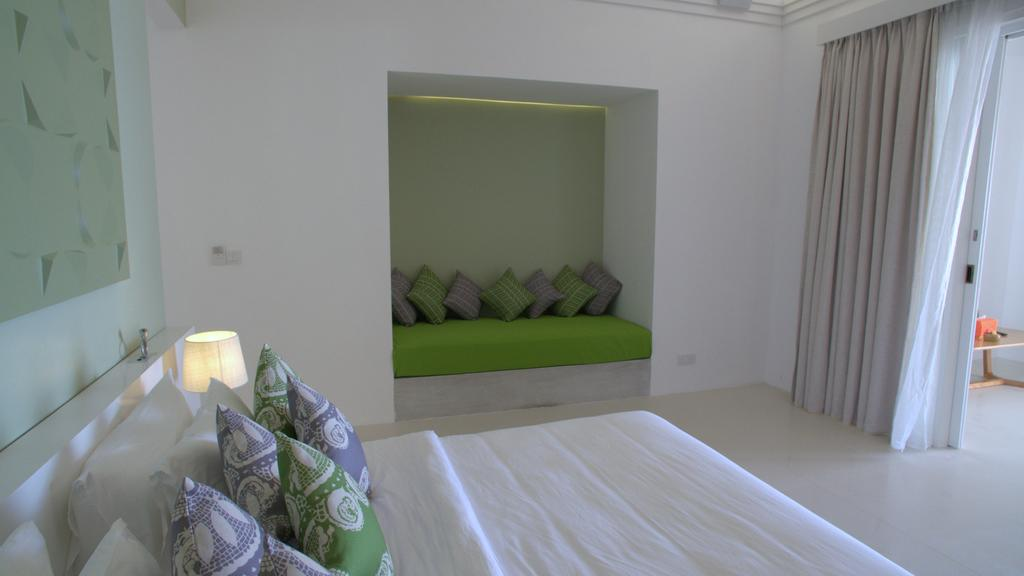 نمای داخلی هتل اولهوولی مالدیو.۳