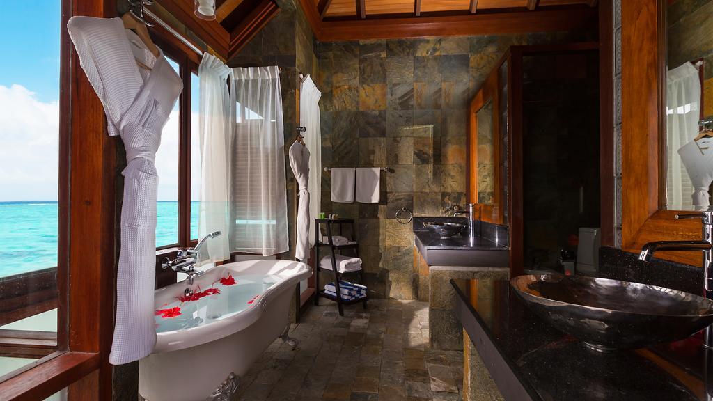 نمای داخلی هتل اولهوولی مالدیو