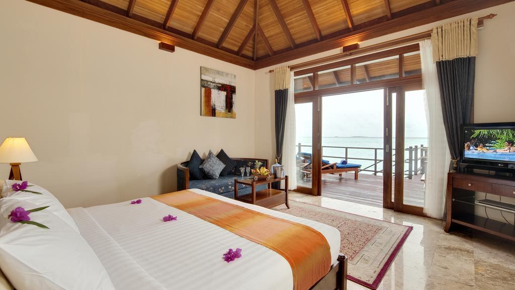 نمای داخلی هتل اولهوولی مالدیو۱۷