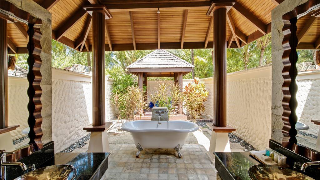 نمای داخلی هتل اولهوولی مالدیو۸