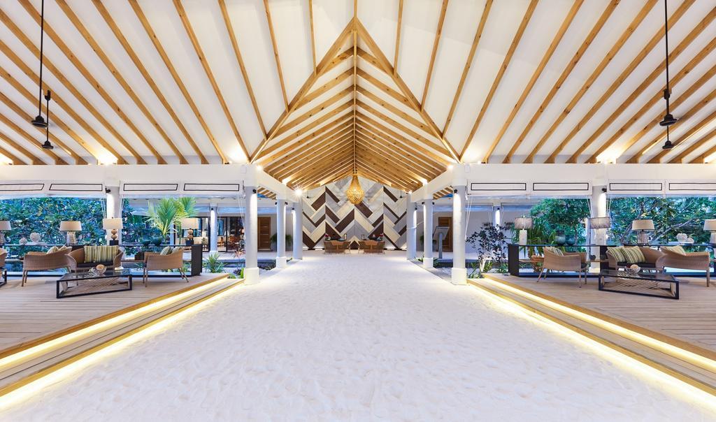 نمای لابی هتل آماری هاوودا