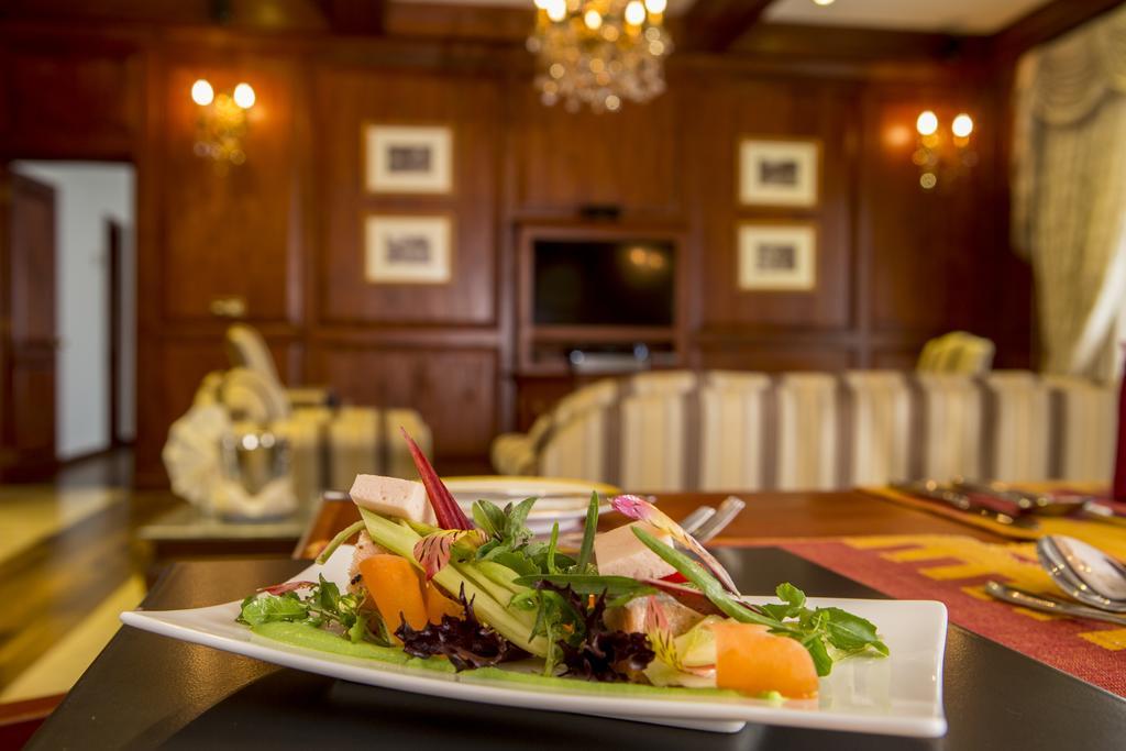 غذاهای هتل ماهاولی