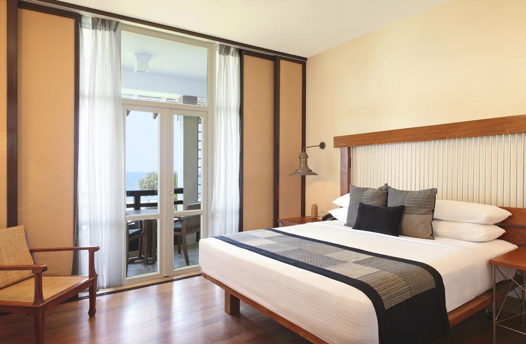 نمای داخلی هتل هریتانس آهونگالا