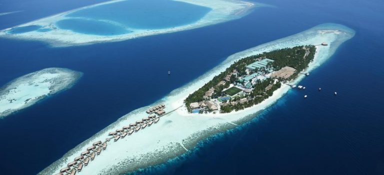 هتل ویلامندهو | Vilamendhoo Island Resort