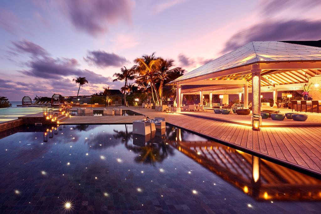 نمای خارجی هتل آماری هاوودا