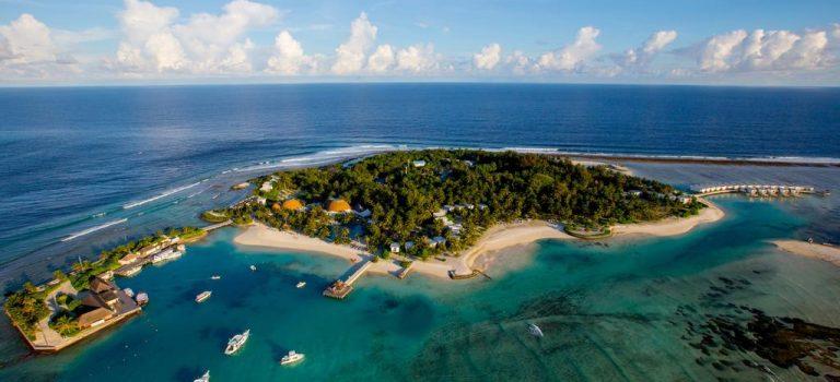 هتل هالیدی این کاندوما مالدیو | Holiday Inn Kandooma
