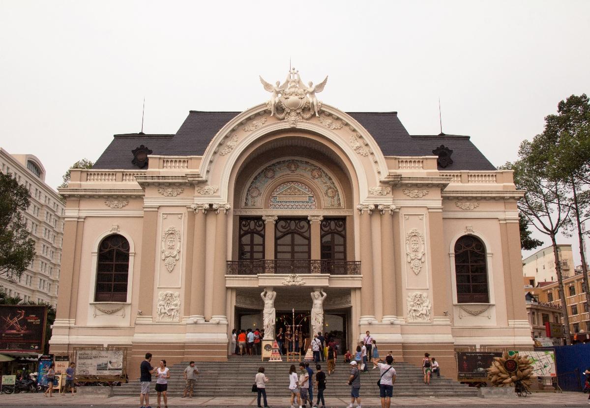 سالن اپرای هوشی مینه ویتنام