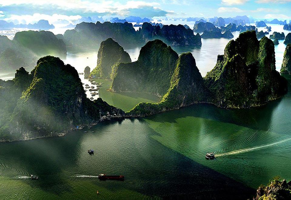 Photo of تور هوشی مینه و هانوی و هالونگ بی بهار و تابستان ۹۸