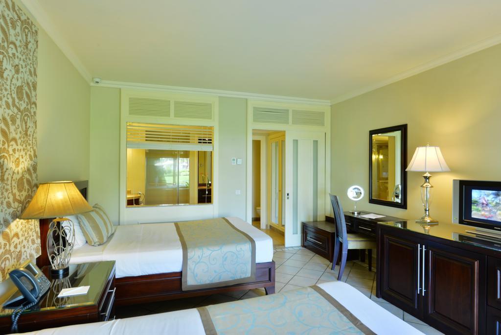 هتل شوگر بیچ ریزورت موریس