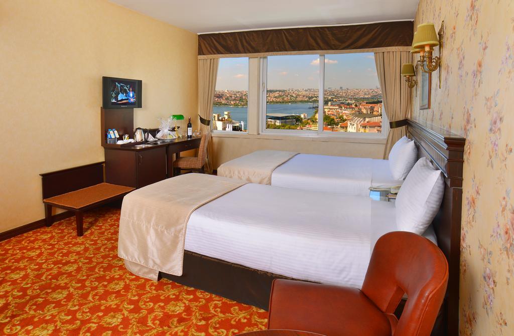 هتل 4* پرا رز استانبول