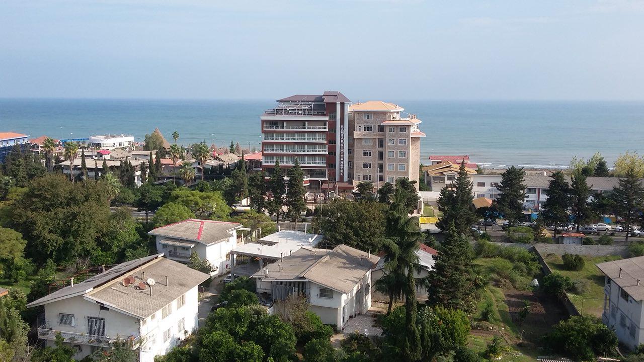 Photo of هتل کیمیا رامسر سه ستاره ای لوکس چسبیده به دهکده ساحلی با ویو جنگل