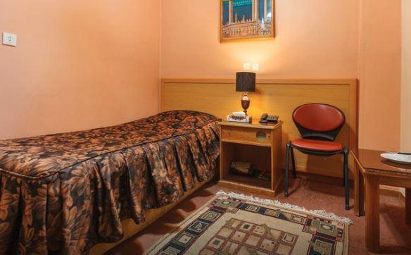 هتل 2 ستاره ساسان شیراز اتاق یک تخته