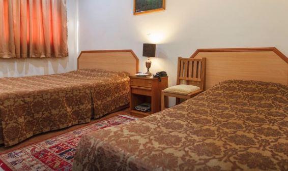 هتل 2* ساسان شیراز اتاق دو تخته توئین