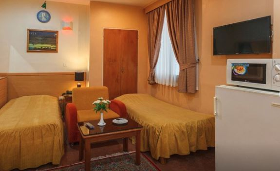 هتل ساسان شیراز سوئیت چهار تخته