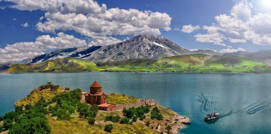 Photo of وان ترکیه | تور زمینی وان ترکیه | تور زمینی وان ترکیه زمستان ۹۸