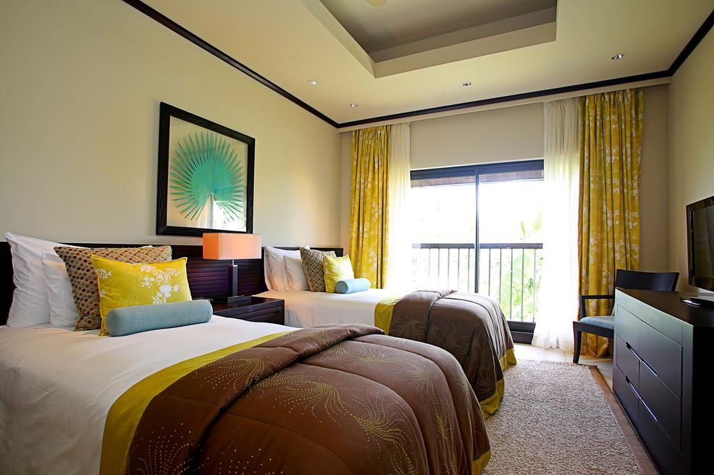 هتل آناهیتا گلف ریزورت موریس