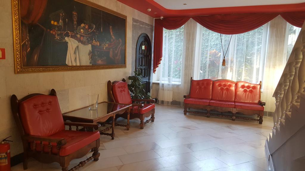 هتل دو ستاره ریان جانسون کازان روسیه