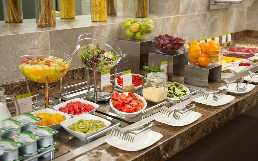 هتل دابل تری کازان روسیه