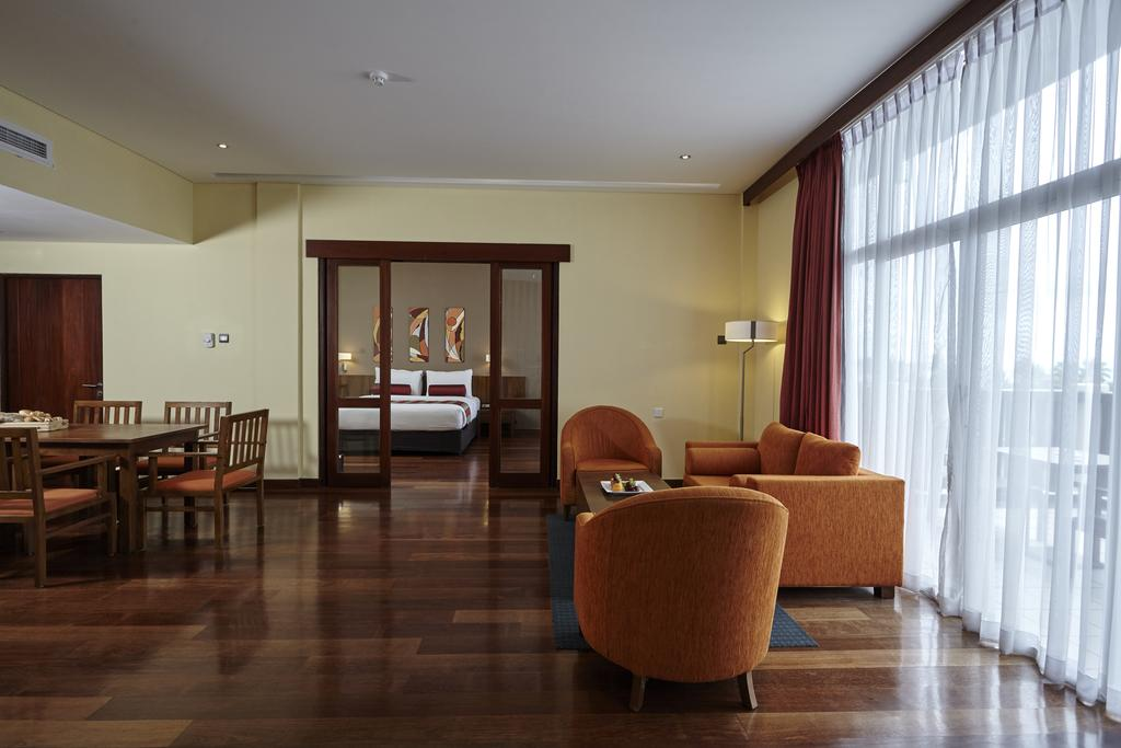عکس اتاقهای هتل توریا کالوتارا