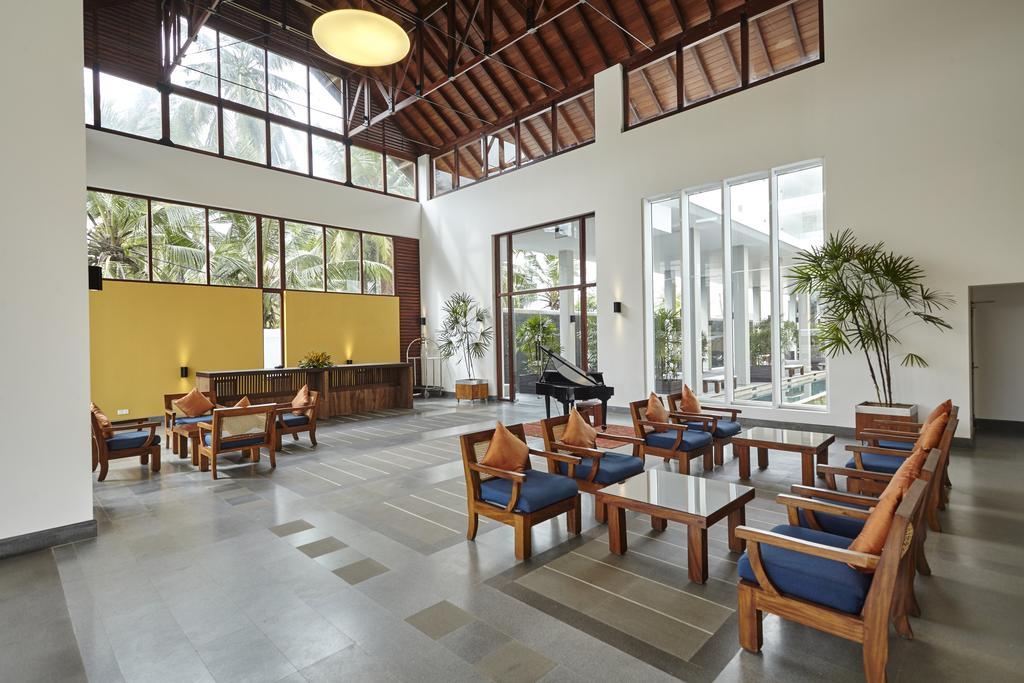 هتل ساحلی توریا کالوتارا