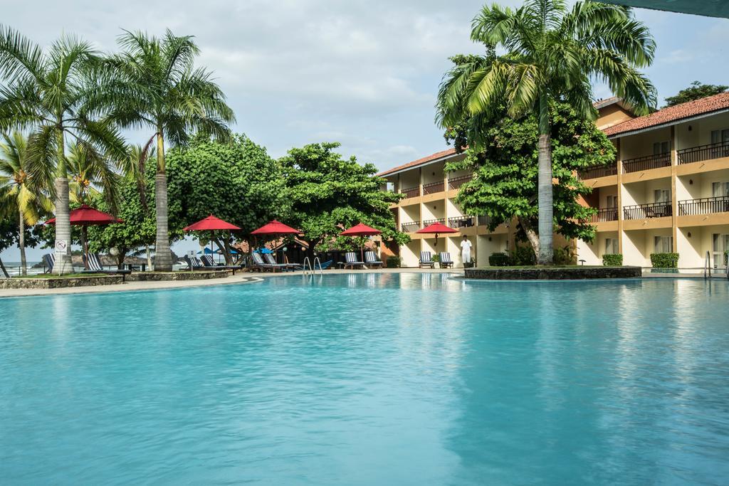 هتل پالم بروولا سریلانکا