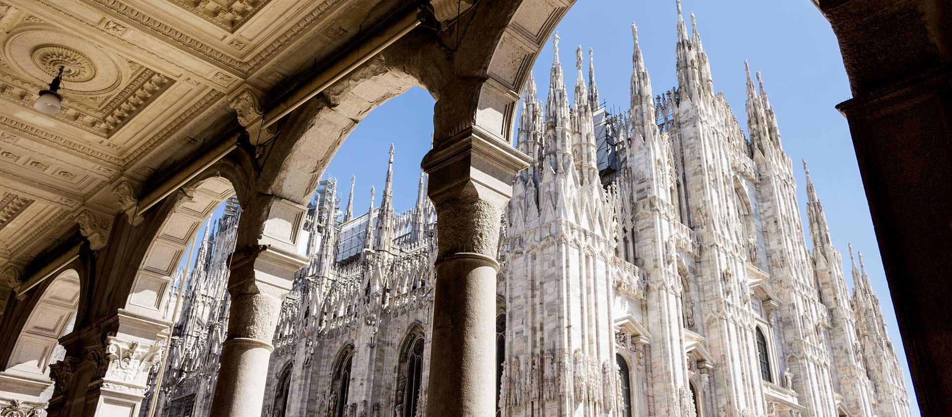 تور میلان ایتالیا