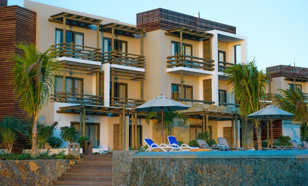آنلیا هتل موریس