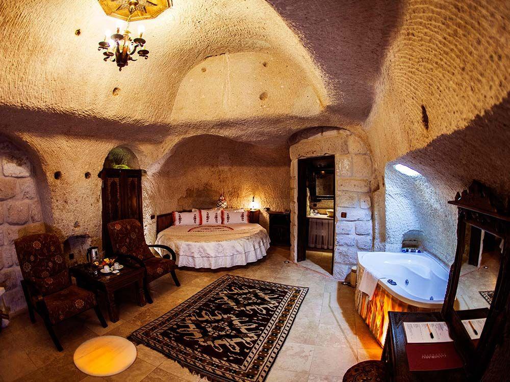 هتل لاله صخره ای