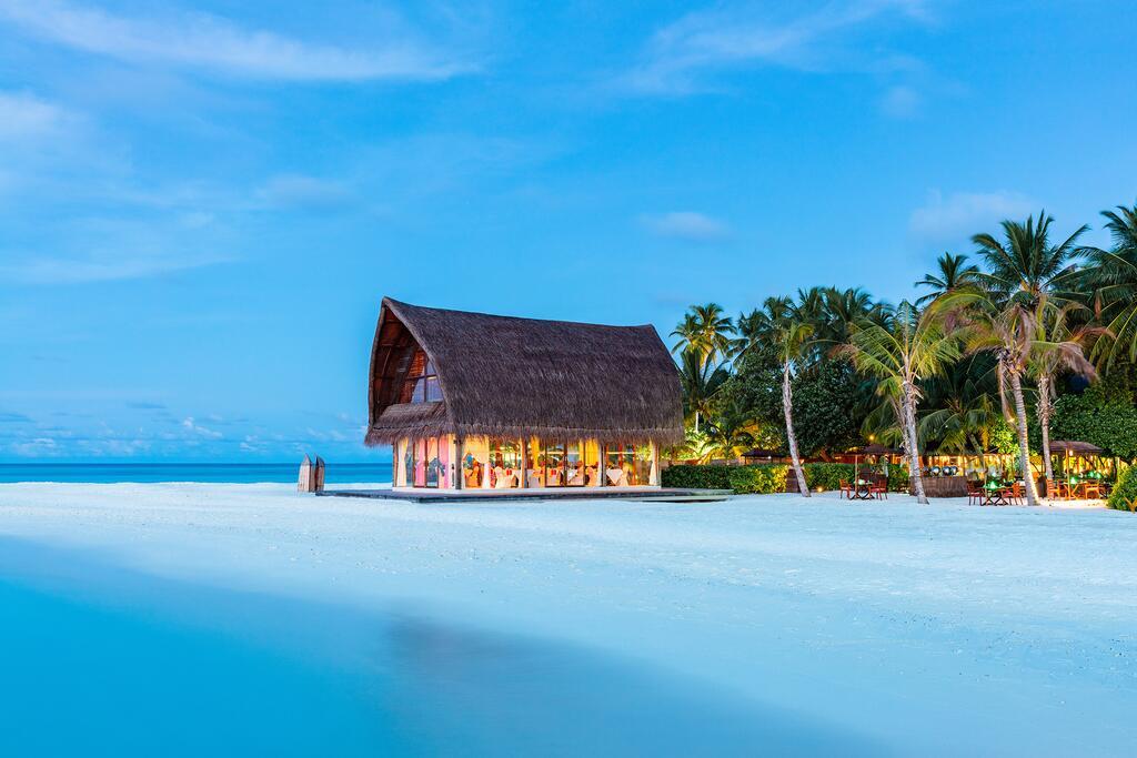 هتل آنگسانا مالدیو