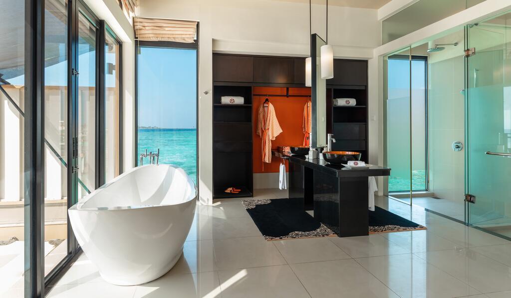 هتل آنگسانا ولاوارو مالدیو