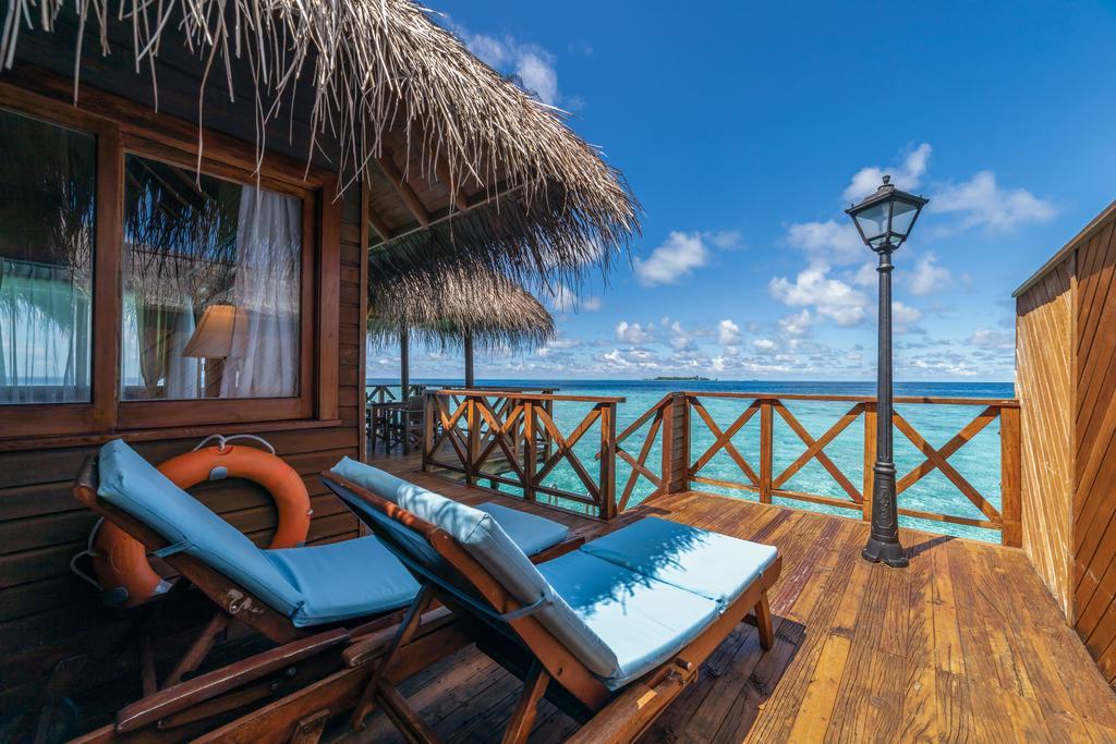 ویلاهای روی آب هتل فیهالهویی ریزورت